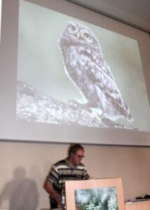 Dr. Wolfgang Fiedler bei 21. Arbeitstreffen der Steinkauzberinger in Karlsruhe